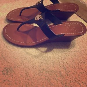 Tory Burch wedge sandal size 7.5